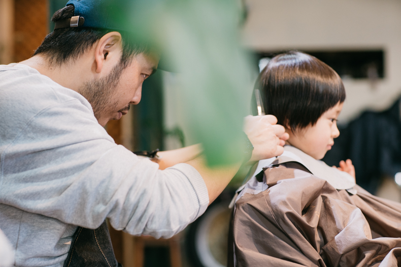 20180314  DSC8327 - ヒカリ髪を切る
